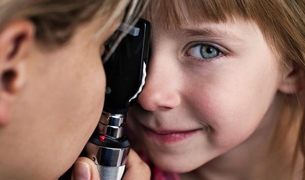 Leczenie zeza i niedowidzenia u dzieci